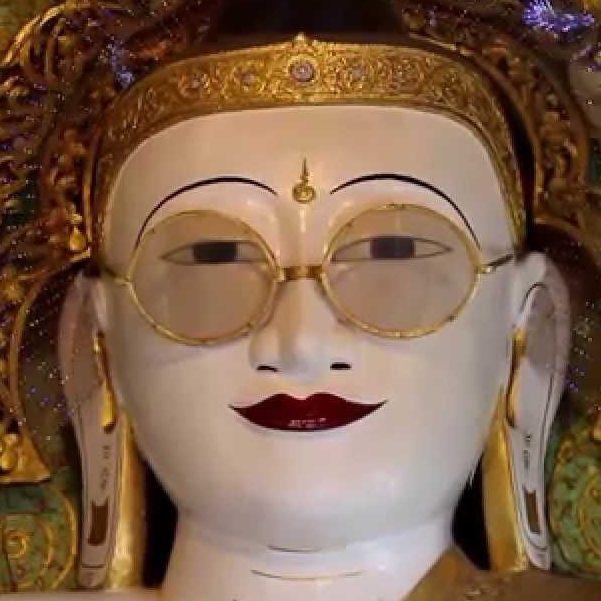 Buddha con gli occhiali